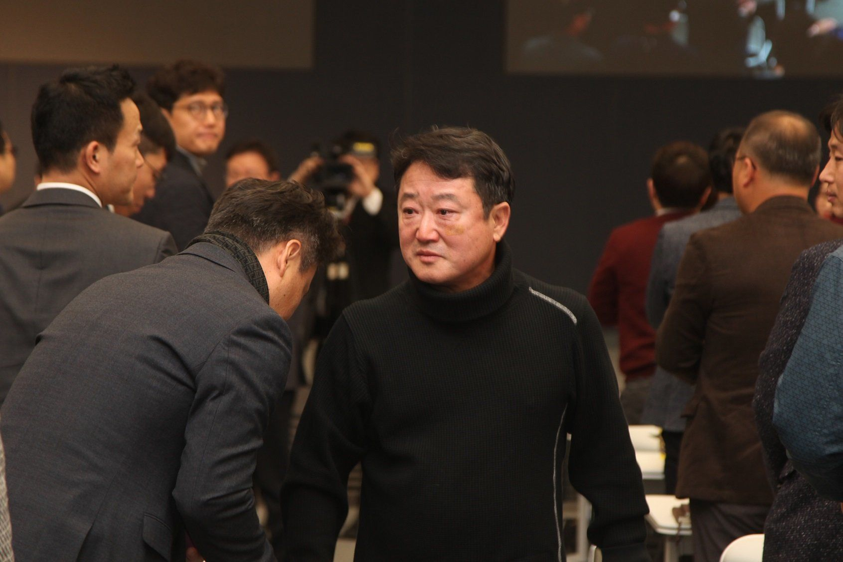 코오롱 회장이 전격 은퇴를 선언하며 털어놓은