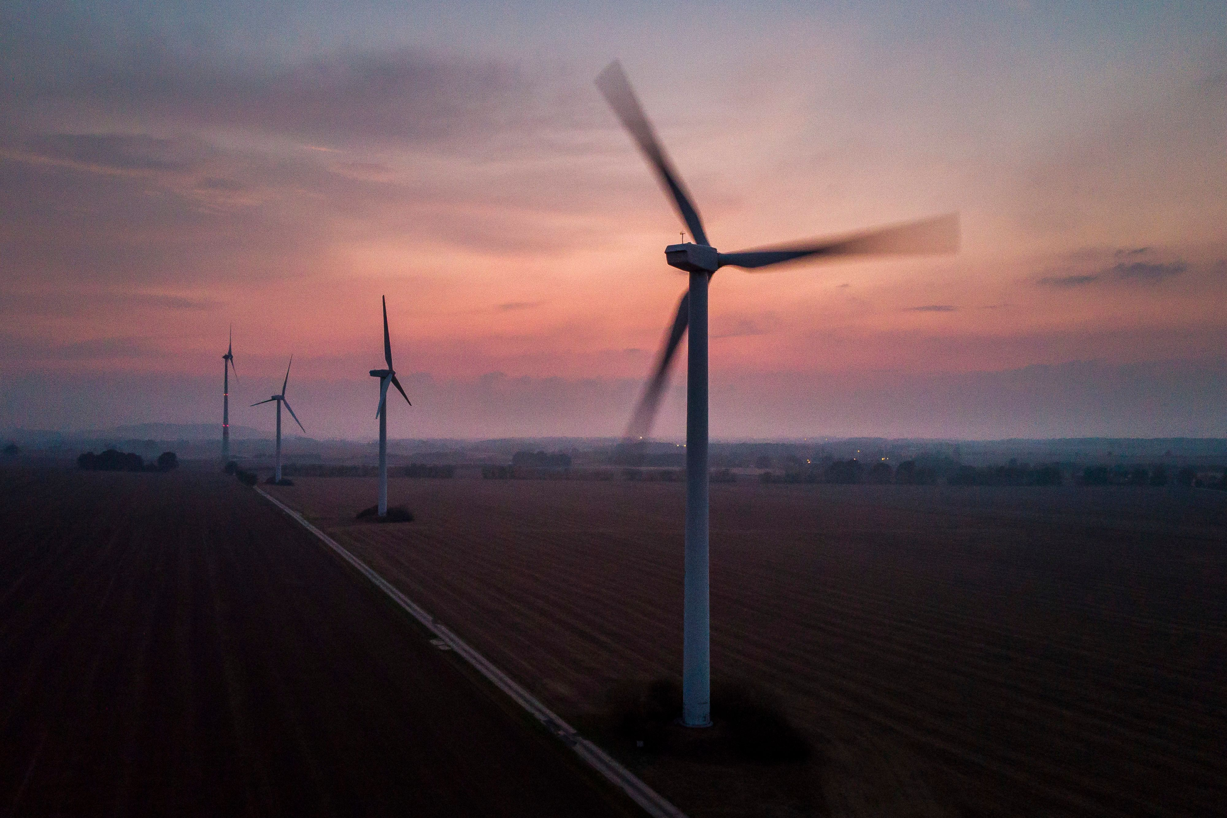 MELAUNE, GERMANY - SEPTEMBER 02: Aerial view to wind turbines during evening light on September 02, 2018 in Melaune, Germany. (Photo by Florian Gaertner/Photothek via Getty Images)