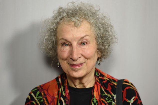 «The Handmaid's Tale»: Έρχεται δεύτερο βιβλίο για τη Γκίλεαντ, 33 χρόνια μετά το