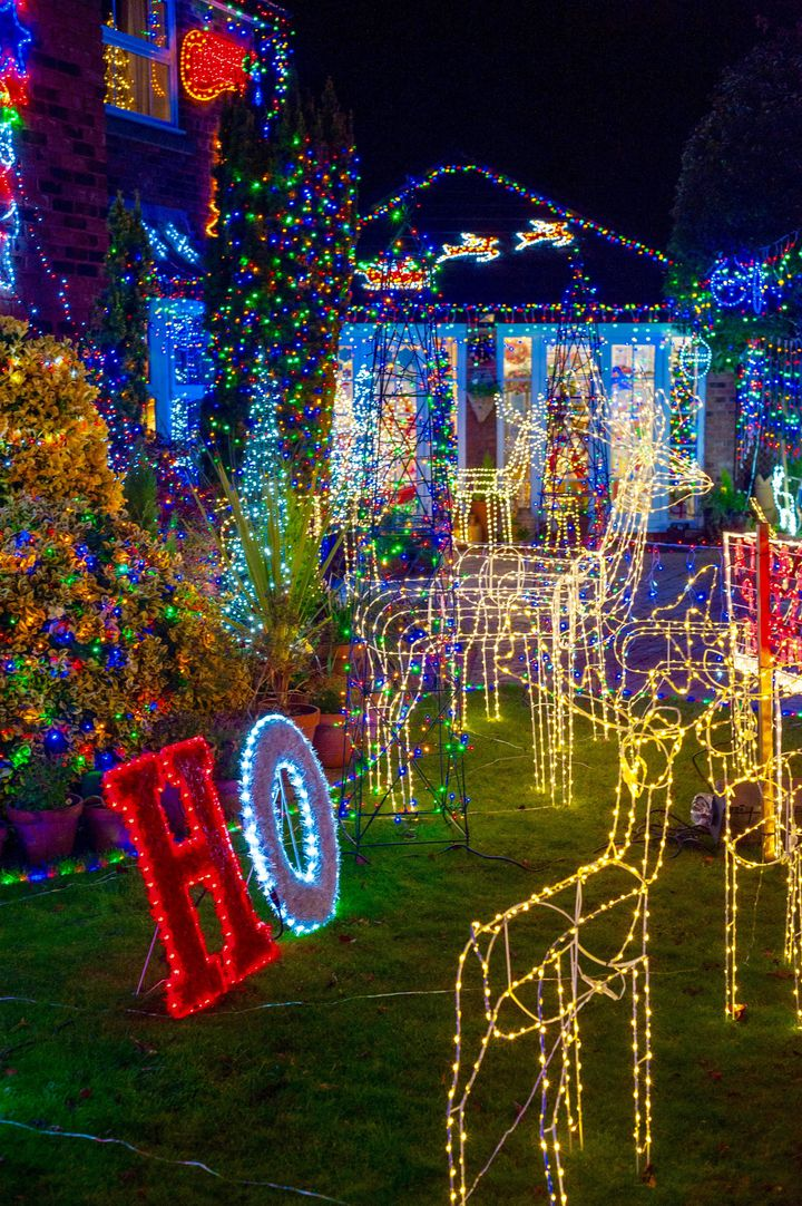 House With Christmas Lights.Why We Decorate Our House With More Than 30 000 Christmas