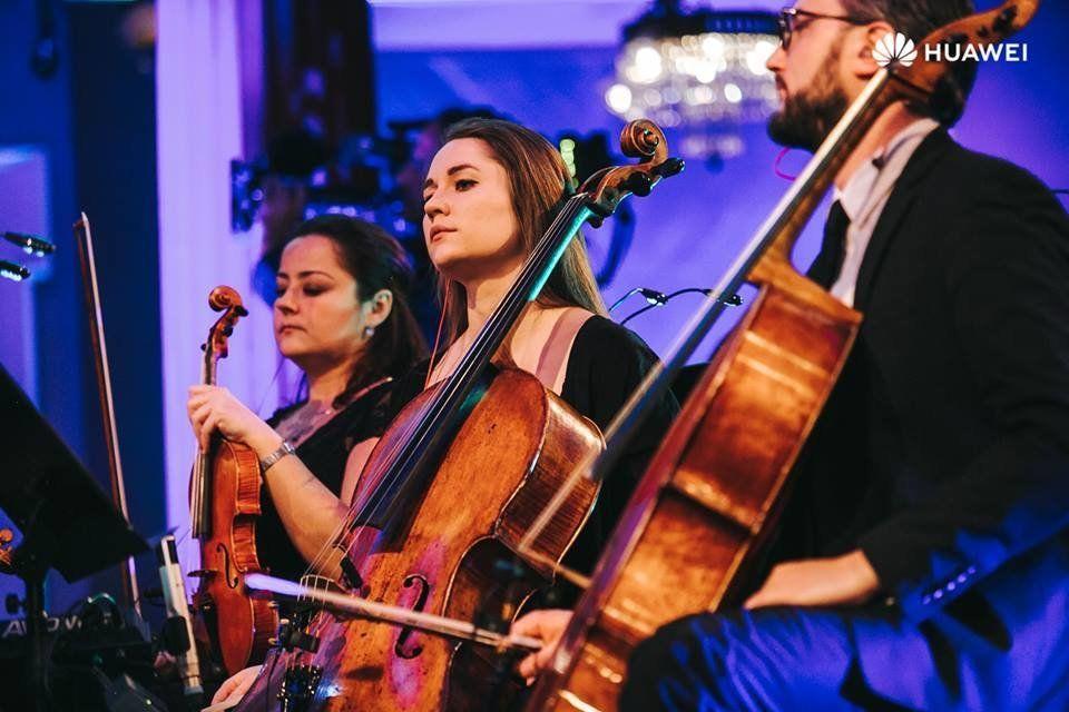 Sound of Light: Το Βόρειο Σέλας σε μια μουσική συμφωνία Τεχνητής Νοημοσύνης, με «όργανο» το Huawei Mate...