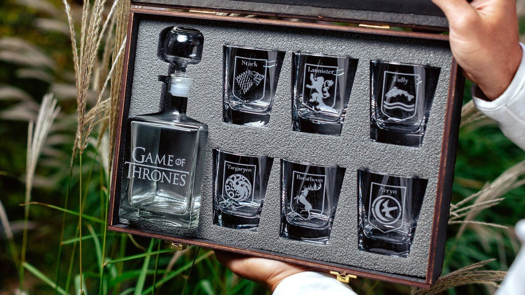Welp The Best 'Game of Thrones' Gifts 2019, Because The Final Season Is RK-81