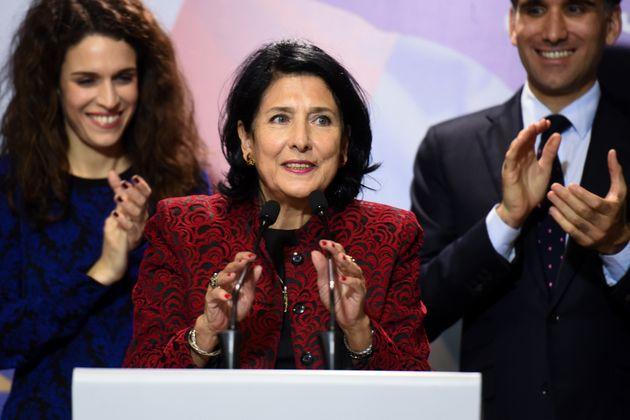 조지아에서 최초의 여성 대통령 살로메 주라비슈빌리가