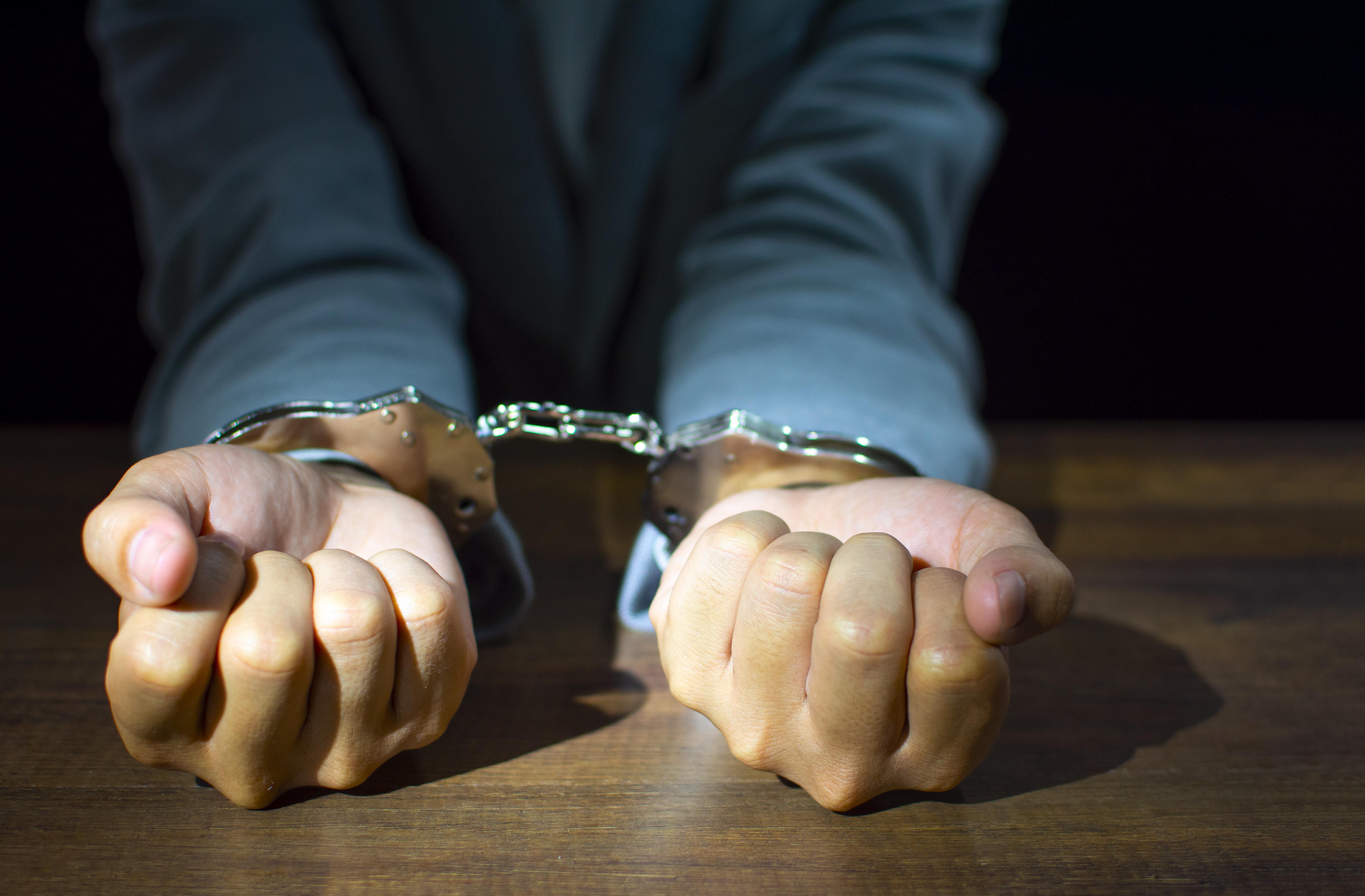 7년간 불법촬영 339번 저지른 30세 남성 공무원에게 '징역 2년' 선고된