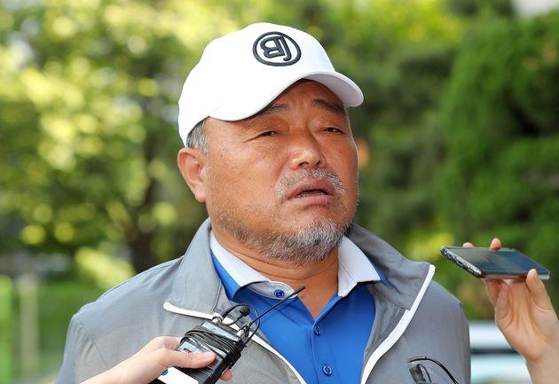 김흥국의 성폭행 의혹을 수사해온 검찰이 8개월 만에 내린