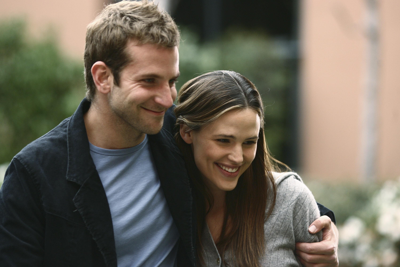 Jennifer Garner Lovingly Roasts 'Wonder' Bradley Cooper In Heartwarming