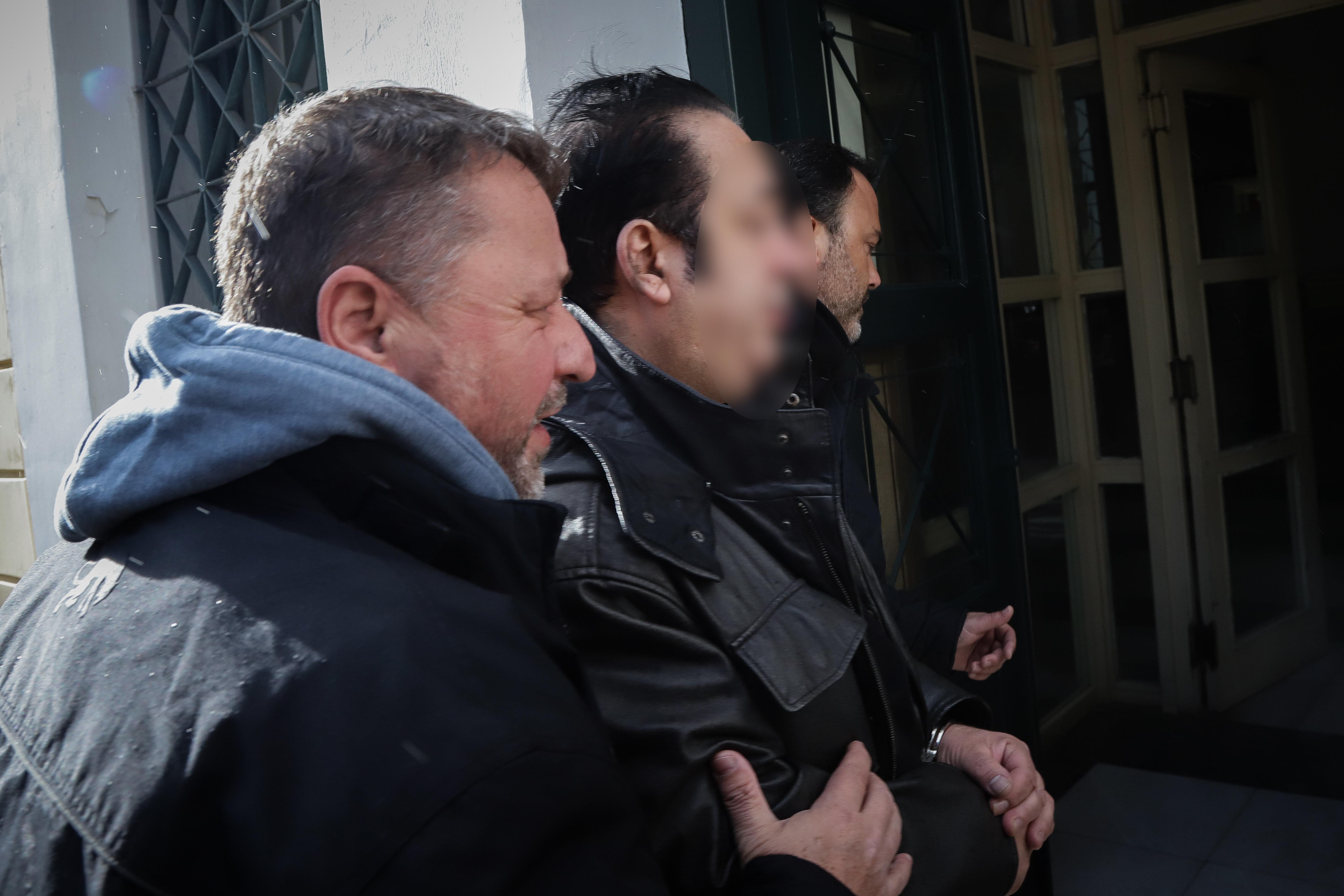 Tην Κυριακή απολογείται ο ενεχυροδανειστής που κατηγορείται για λαθρεμπόριο