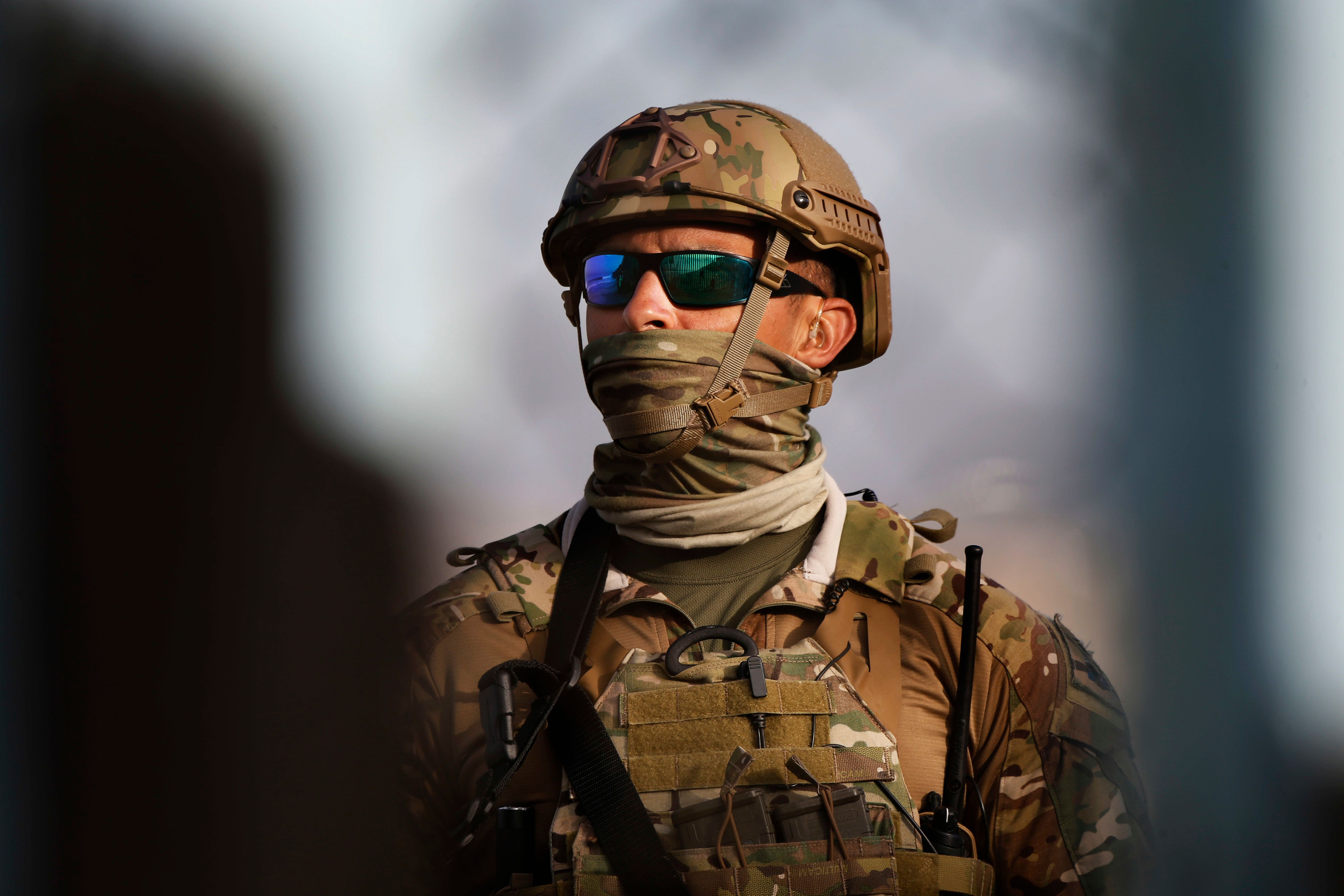 U.S. To Keep About 4,000 Troops At Border Through