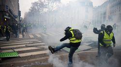 France : nouveaux accrochages aux Champs-Elysées entre les Gilets jaunes et la