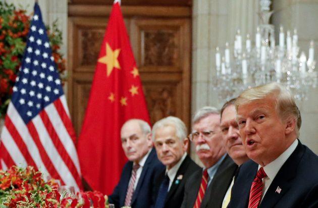 '무역전쟁' 휴전 : 미국과 중국이 추가 관세 부과를 중단하고 협상하기로