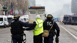 Gilets jaunes: 412 arrestations sur les Champs-Élysées