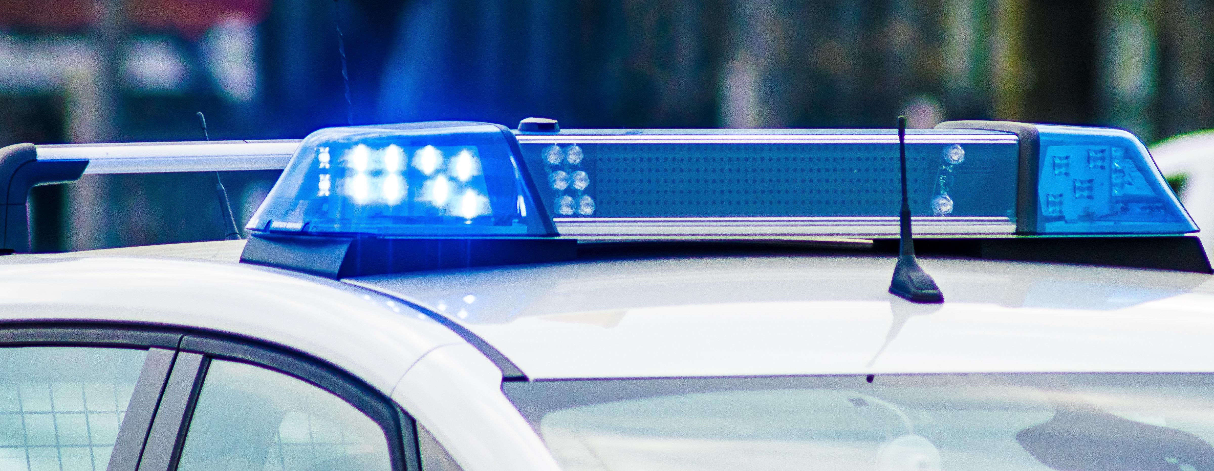 Berlin: Bewusstlose Frau mit Kopfschuss gefunden – Polizei