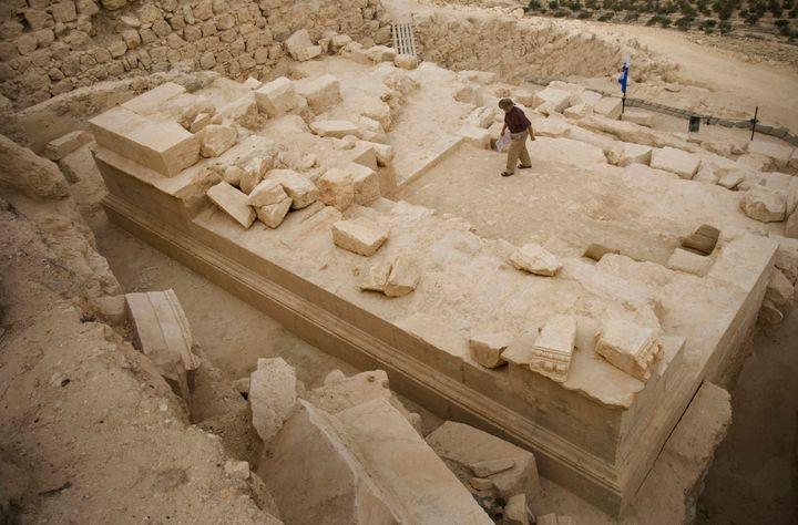 '빌라도의 반지'로 의심되는 물건이 발견된 유적지, 헤로디움. 사진, 2007년.