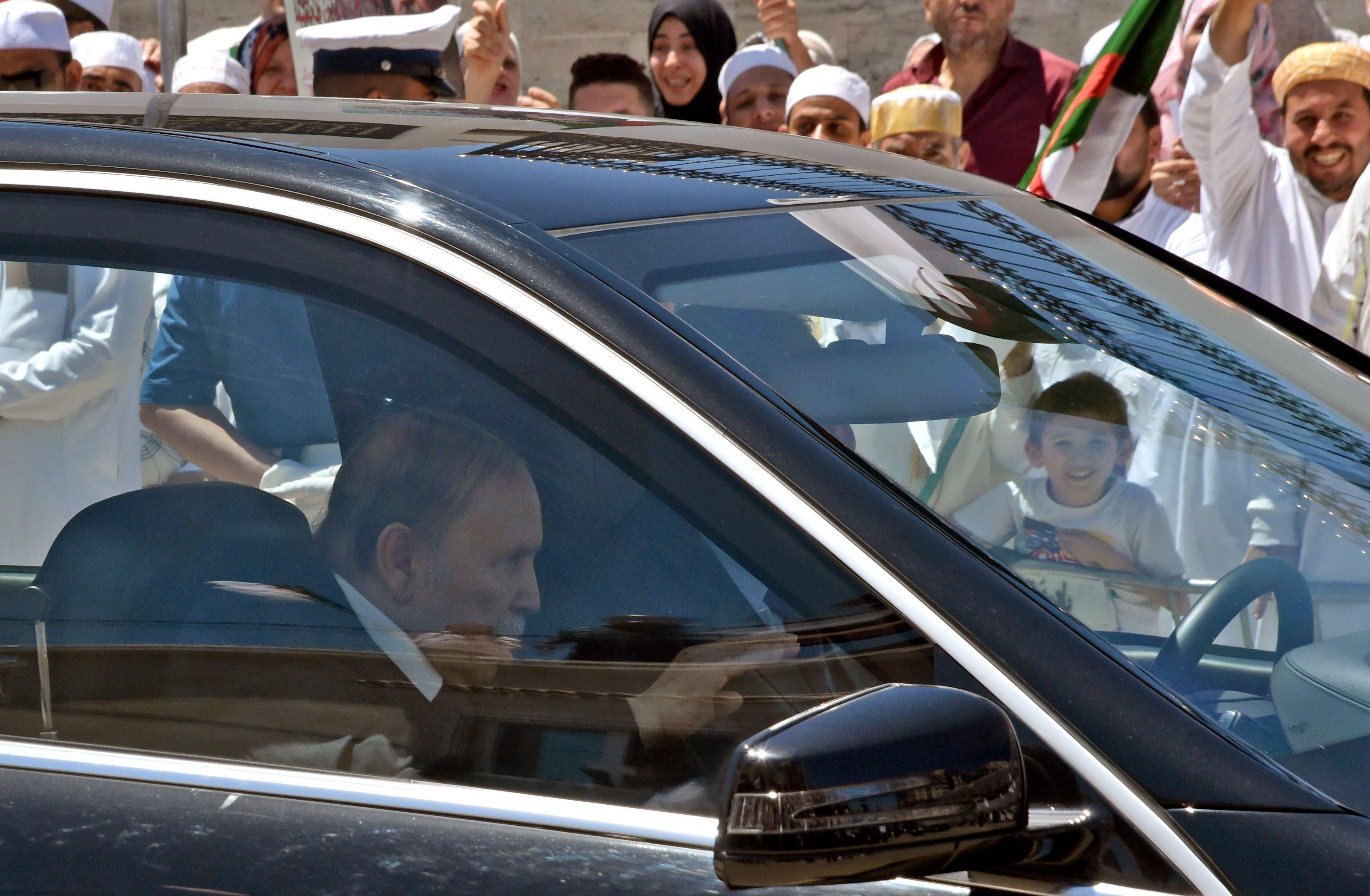"5eme mandat ou pas? Pourquoi Bouteflika peut dire ""Tab Jnani mais je"