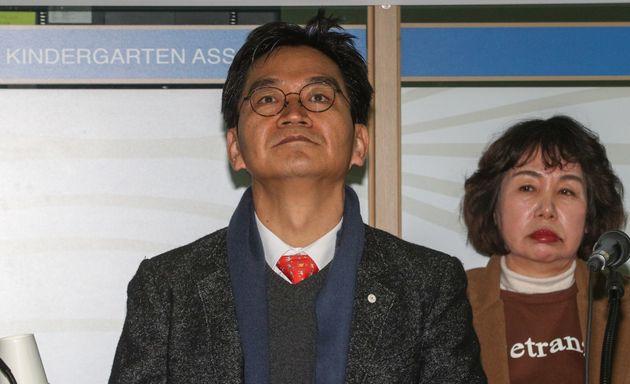 이덕선 한유총 비대위원장이 3일 오후 서울 용산구 한국유치원총연합회 사무실에서 열린 사립유치원 정상화를 위한 협상단 출범 기자회견을 열고