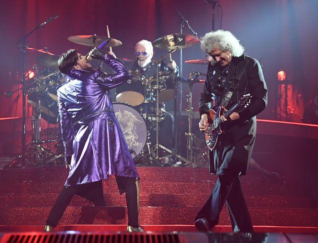 퀸이 다시 투어공연에
