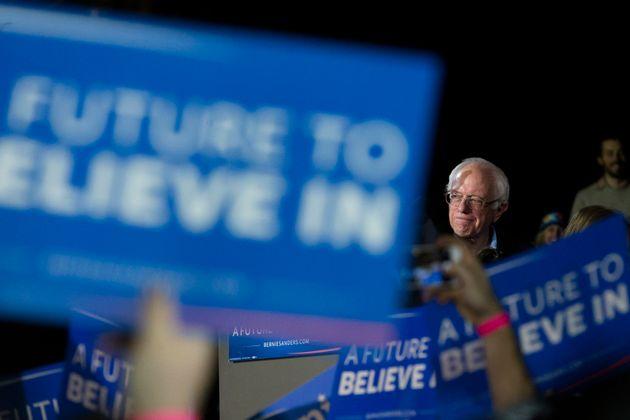 버니 샌더스는 우려에도 불구하고 '더 큰' 2020년 대선을