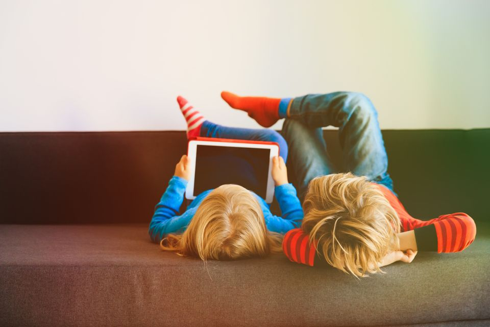 Παιδιά, τηλεόραση, τεχνολογία: Ο ψυχαναλυτής Σερζ Τισερόν στη