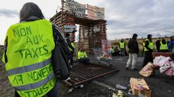 프랑스 정부, 유류세 인상 정책 잠정
