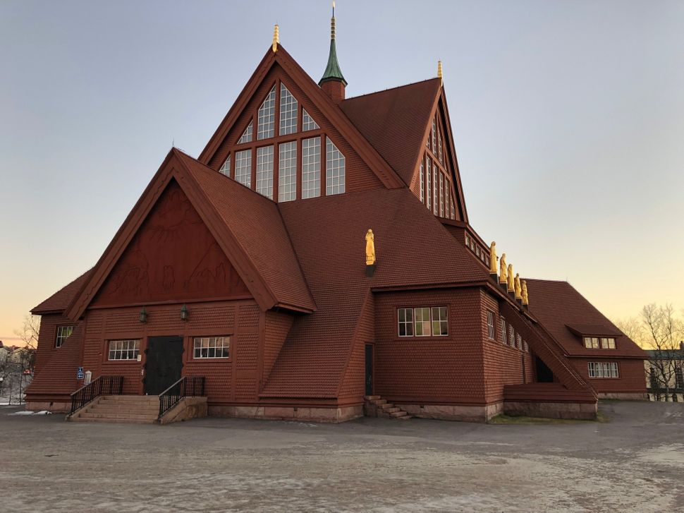 Kiruna Church, completed in 1912, will be moved to the new city center.