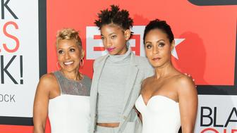 NEWARK, NJ - MARCH 28:  (L-R) Adrienne Banfield-Jones, Willow Smith and Jada Pinkett Smith attend the BET's 'Black Girls Rock!' Red Carpet at NJ Performing Arts Center on March 28, 2015 in Newark, New Jersey.  (Photo by Gilbert Carrasquillo/FilmMagic)