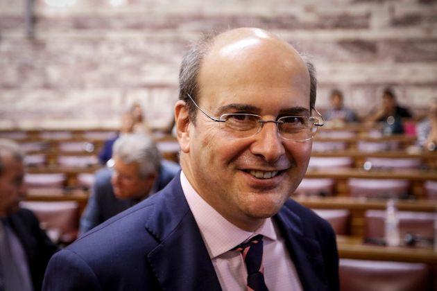 Ο Κωστής Χατζηδάκης εξομολογείται για τις μεταρρυθμίσεις και την Ολυμπιακή στο νέο βιβλίο