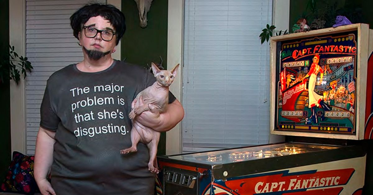 Photographer Mocks Fat-Shaming Trolls, Turning Their Comments Into Stunning Art