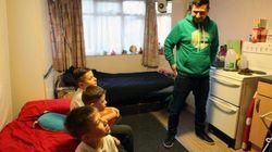 Bρετανία: 130.000 άστεγα παιδιά θα βρεθούν σε προσωρινά καταλύματα τις ημέρες των