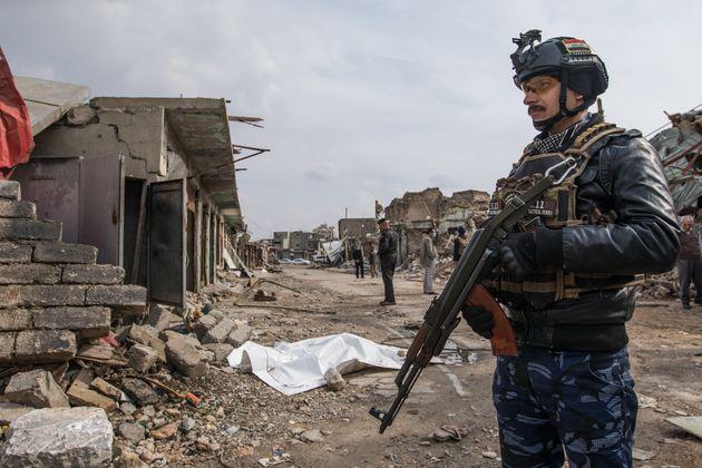 Ein irakischer Soldat in der Stadt Mossul.