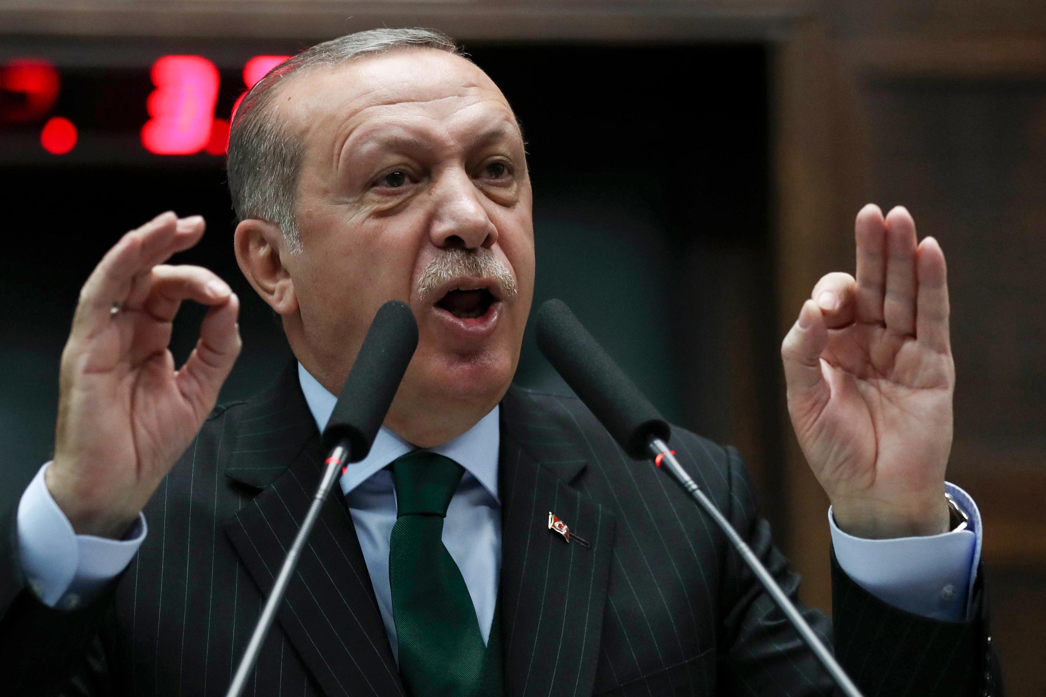 Erdogan in der Krise: Warum der Türkei-Autokrat sich wegen Zwiebeln