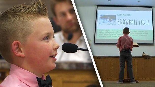미국의 한 마을에서 9세 어린이가 '눈싸움 금지법' 폐지를