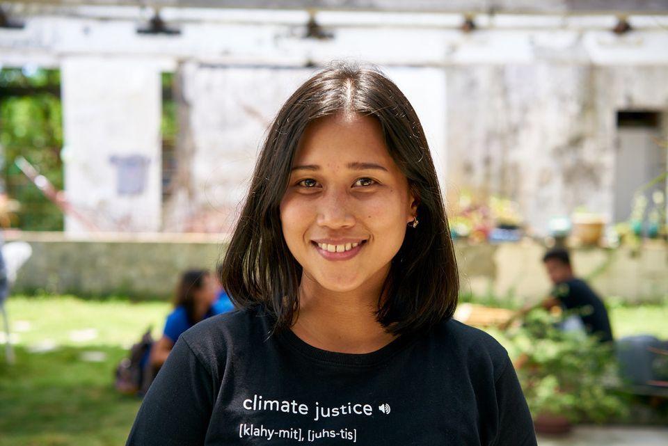 Η Joanna Sustento, που επέζησε από τον τυφώνα Haiyan, αγωνίζεται για την προστασία του πλανήτη μας.