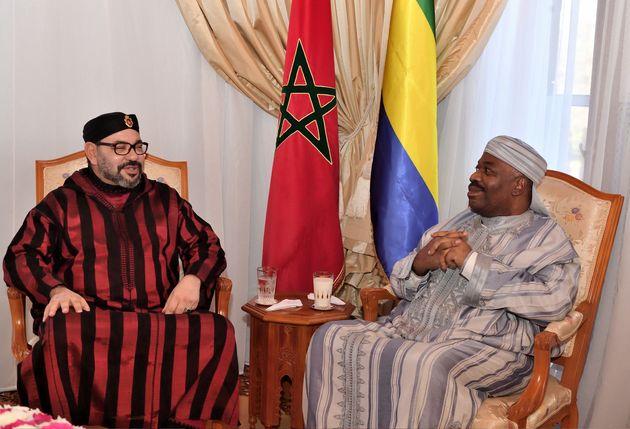 Le président gabonais Ali Bongo sort de l'hôpital mais reste à