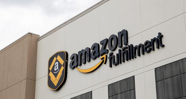 Robot Accidentally Hospitalises 24 Amazon Workers After It Sprays Them With Bear