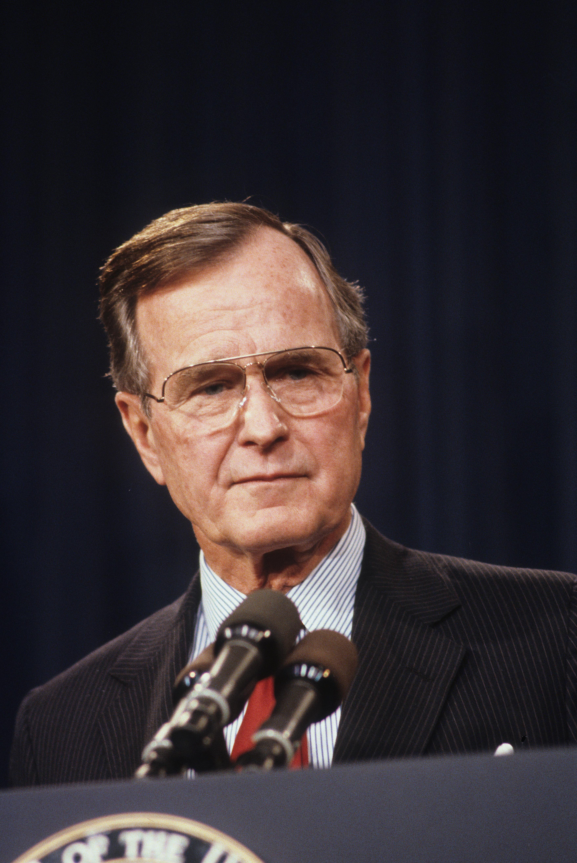 조지 H. W. 부시는 트럼프보다 나은 대통령이