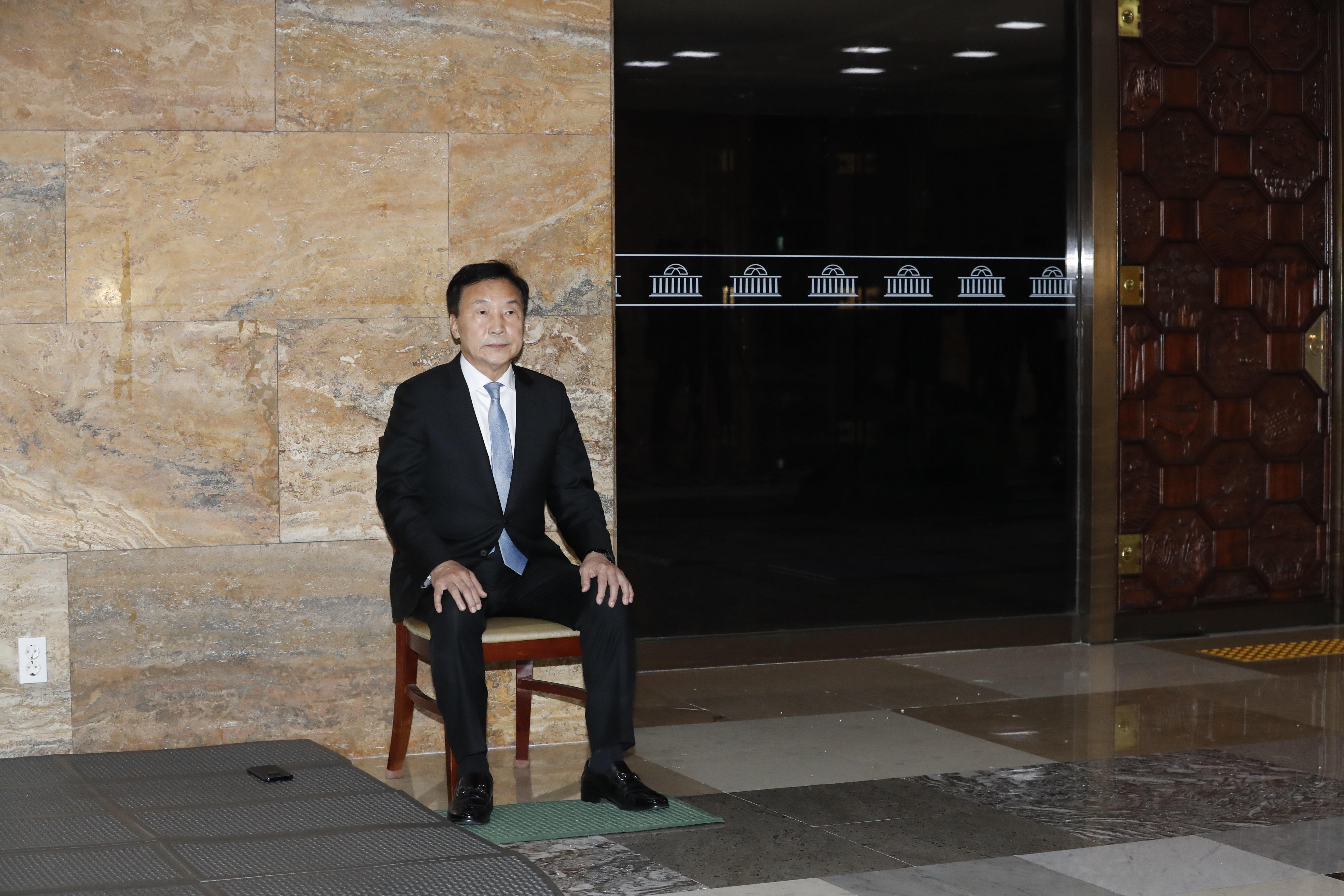 손학규와 이정미가 민주당·한국당을 비판하며 단식에