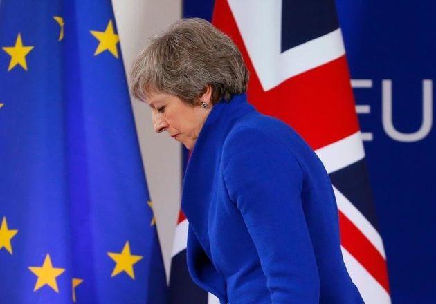 Το Brexit σε 5 ερωτήσεις: Τί θα συμβεί αν χάσει η Μέι (μην αποκλείετε