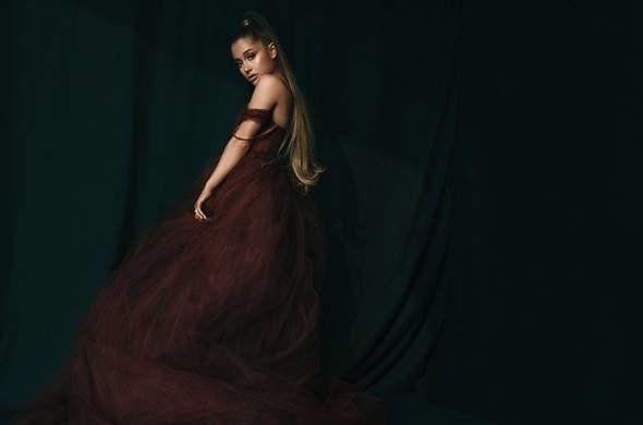 Billboard: H Αριάνα Γκράντε είναι η «Γυναίκα της