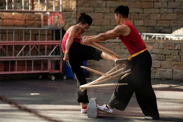 Εξωφρενικές «μονομαχίες» στην Κίνα: Συνδυασμός Κουνγκ-Φου και