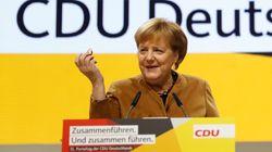 Merkel redet über das Internet und benutzt ein Wort, das die