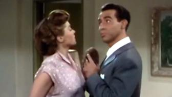 US radio stations pull 'Baby, It's Cold Outside'