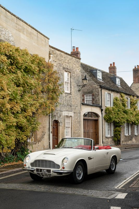 Aston Martin DB6 Electric