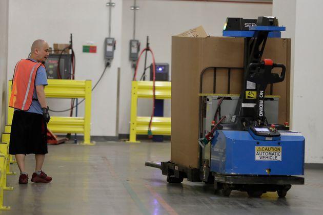 Ρομπότ της Amazon έστειλε στο νοσοκομείο 24 εργαζόμενους σε