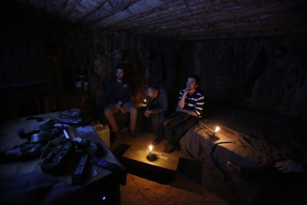 Στο Ξενοδοχείο του Πολέμου στο Σεράγεβο: Βόμβες, σφαίρες, ύπνος στο