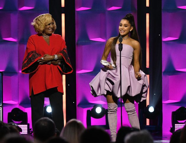 Ariana collected the award from musical icon Patti