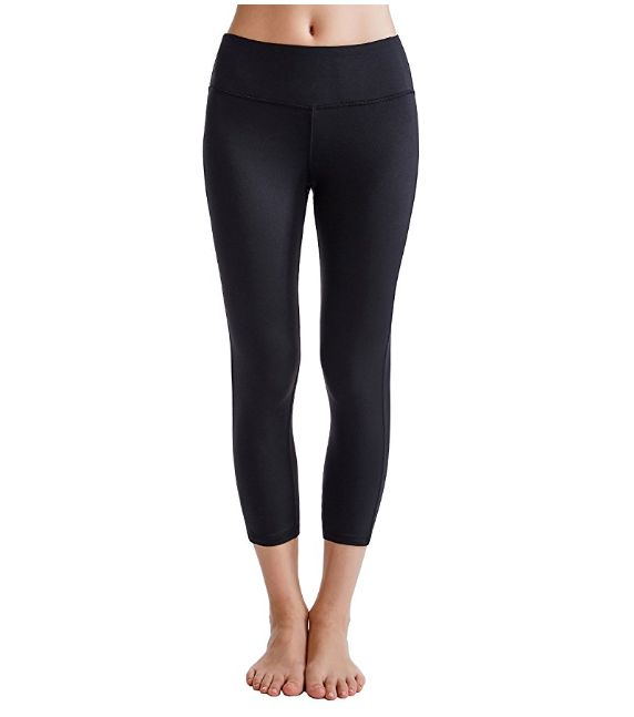 da993a1ae50fa The Most Flattering Yoga Pants On Amazon, According To Reviewers ...