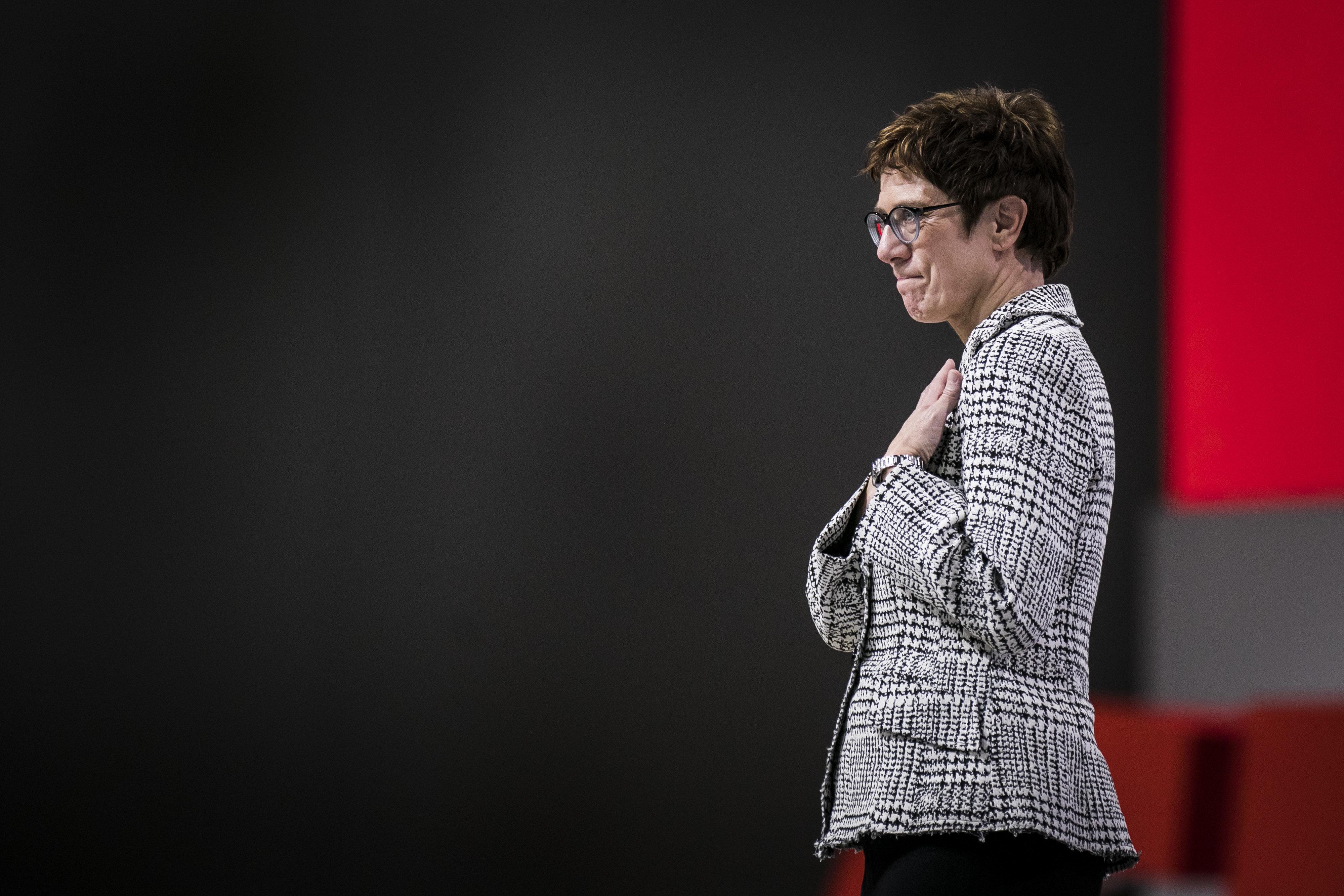 Kramp-Karrenbauer: In ihrer ersten Rede als CDU-Chefin richtet sie einen Appell an ihre