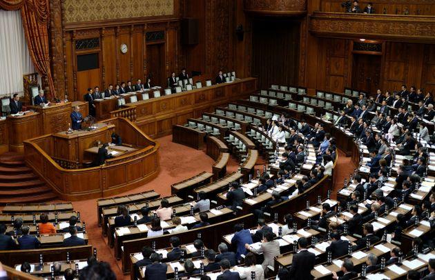 일본 정부, 외국인 노동자 35만명 유입 법안 강행