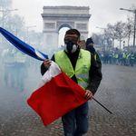 Gilets jaunes: Les autorités françaises enquêtent sur une possible ingérence