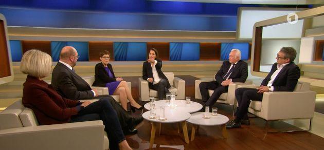 Moderatorin Anne Will begrüßt SPD-Politiker Martin Schulz zum zweiten Mal in der Sendung.